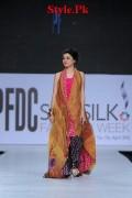 Latest Sania Maskatiya Dresses At Sunsilk Fashion Week 2012-015