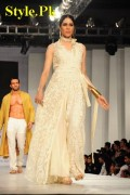 Latest Stunning Outfits By HSY At Fashion Shows 2012-015