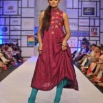 Latest Warda Saleem Latest Dresses For Women at FPW 2012-008