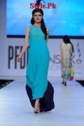 Sania Maskatiya At PFDC Sunsilk Fashion Week 2012, Day 4-003