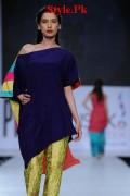 Sania Maskatiya At PFDC Sunsilk Fashion Week 2012, Day 4-004