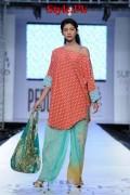 Sania Maskatiya At PFDC Sunsilk Fashion Week 2012, Day 4-007