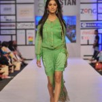 Shehla Chatoor Dresses At Fashion Pakistan Week 2012, Day 2-004