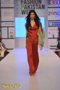 Shehla Chatoor Dresses At Fashion Pakistan Week 2012, Day 2-005