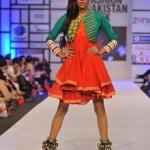 Warda Saleem Showcased At Pakistan Fashion Week 2012, Day 3-001