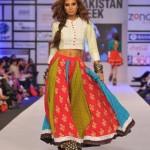 Warda Saleem Showcased At Pakistan Fashion Week 2012, Day 3-002
