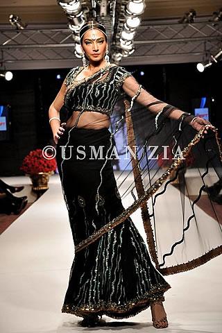 Rehana Saigol Collection at Islamabad Fashion Week 2012  05
