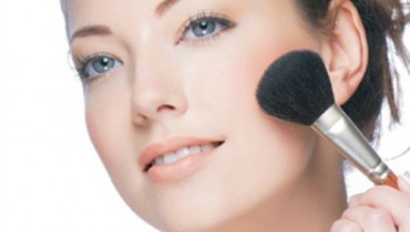 Best Five Ways For Women To Look Younger And Beautiful 001