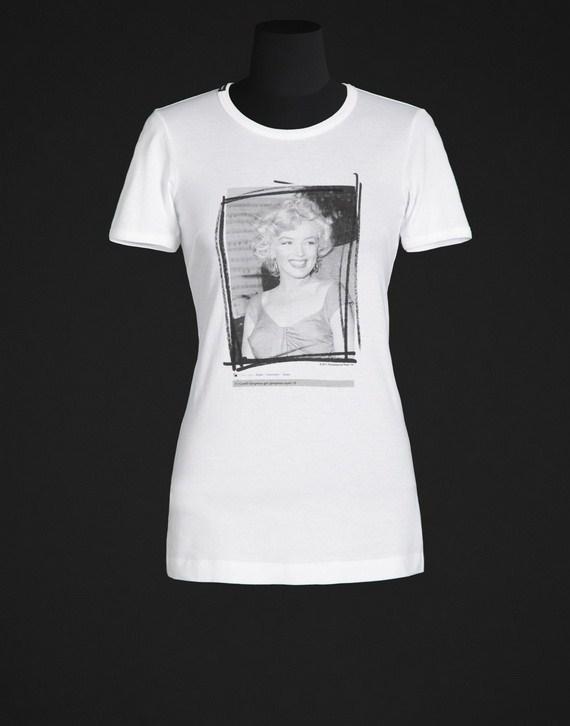Dolce gabbana latest summer t shirts for women 2012 04 for Dolce gabbana t shirt women