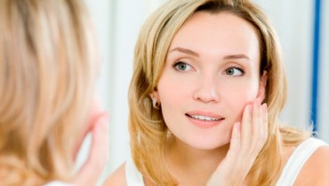 Simple Skincare Tips For Healthy And Glowing Complexion 001