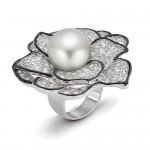 designer-jewellery-imran-adil-summer-exhibition-2012-04