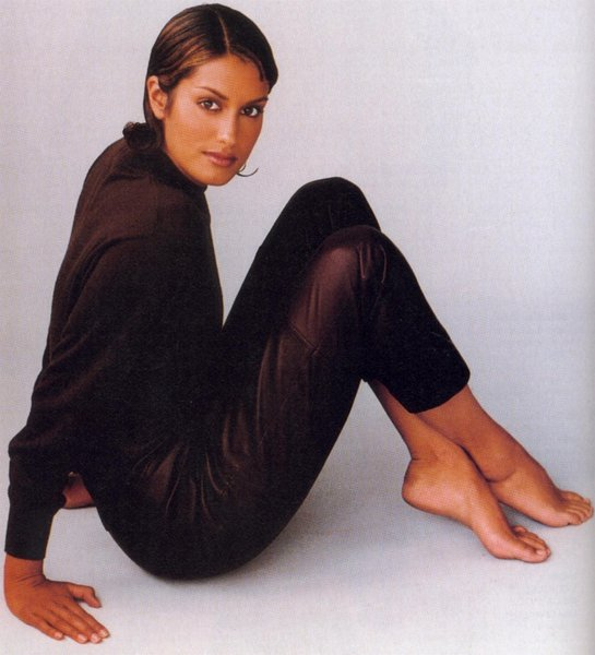 yasmeen ghauri complete profile and photos 11 style pk