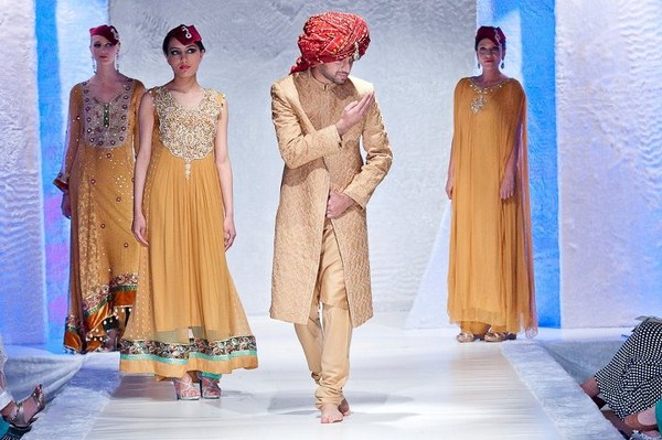 Latest and Exclusive Nauman Afreen Collection 2012 in PFW, London 001