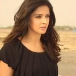 saba qamar full profile 0016