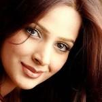 saba qamar full profile 002