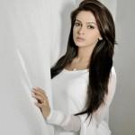 saba qamar full profile 004