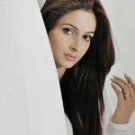 saba qamar full profile 009