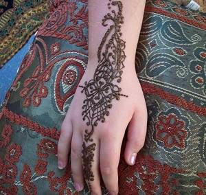 Eid Mehndi Designs 2012 For Kids 001 300x284 mehandi