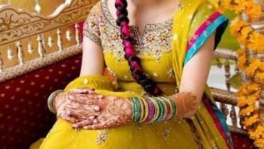 Latest Pakistani Bridal Multi Color Mehndi Outfits 2012 001