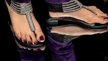 Metro Shoes Eid Footwear Collection 2012 001