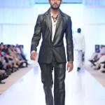 Arsalan & Yahseer Collection At Fashion Pakistan Week, Season 4 006