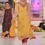 Hajra Hayat Collection At Pantene Bridal Couture Week 2012 007