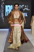Misha Lakhani Collection At PFDC L'Oreal Paris Bridal Week 2012 011
