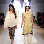 Nargis Hafeez Collection At Fashion Pakistan Week, Season 4 0019