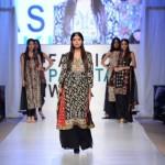 Nargis Hafeez Collection At Fashion Pakistan Week, Season 4 0022