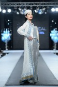 Nida Azwer Collection 2012 PFDC L'Oreal Paris Bridal Week 2012 0027