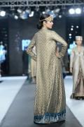 Nida Azwer Collection 2012 PFDC L'Oreal Paris Bridal Week 2012 009