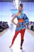 Sanam Chaudhri Collection 2012 At Fashion Pakistan Week, Season 4 002
