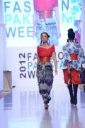 Sanam Chaudhri Collection 2012 At Fashion Pakistan Week, Season 4 006