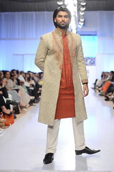 Amir Adnan Collection At Fashion Pakistan Week 2012, Season 4 002
