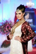 Sonar Bridal Jewellery Collection At Bridal Couture Week 2012 0011