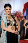 Sonar Bridal Jewellery Collection At Bridal Couture Week 2012 0013