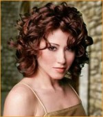 Good Hairstyles For Curly Hair Women 0010