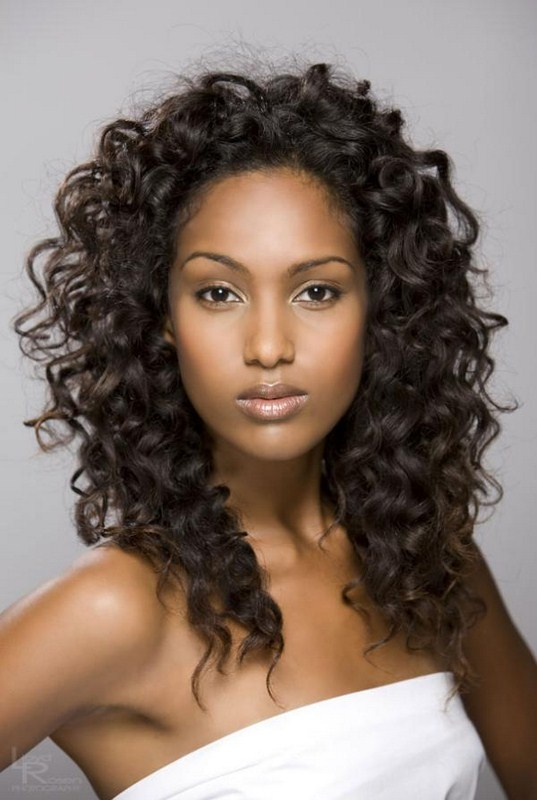 Good Hairstyles For Curly Hair Women