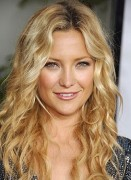 Good Hairstyles For Curly Hair Women 007
