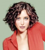 Good Hairstyles For Curly Hair Women 009