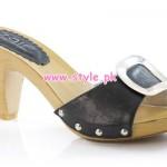 Unze Latest Winter Foot Wears For Girls 2013 006