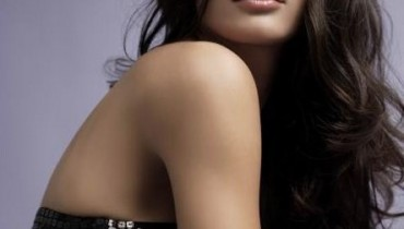 Nargis Fakhri Pictures and Biography 008 444x594