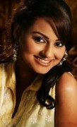 Javeria Abbasi Pictures and Biography (10)