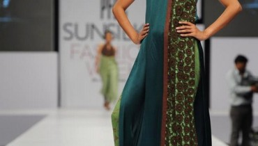 Rubab-Pakistani-Model-Pics-And-Profile (10)