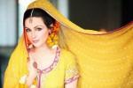 Aisha Linnea Akhtar Model 013 600x400
