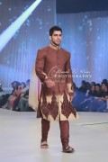Asifa & Nabeel Bridal Wear Collection at BCW 2013 004
