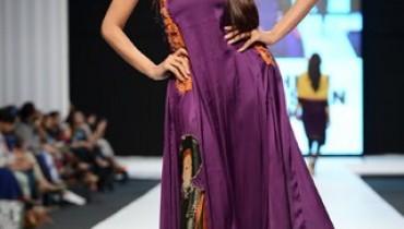 Ayesha Ibrahim Latest Fashion Dresses For Girls At Fashion Pakistan Week 2013 0021