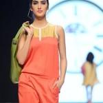 Jafferjees Handbags Collection At Fashion Pakistan Week 5 0012
