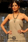 Maliha's Jewellery Collection At Bridal Couture Week 2013 0016