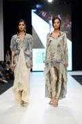 Shamaeel Ansari Collection 2013 At Fashion Pakistan Week 5  002